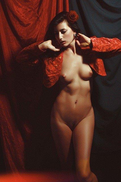 Les meilleurs récits érotiques de femme cougar